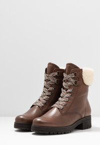 Gabor - WIDE FIT - Lace-up ankle boots - caramello - 4