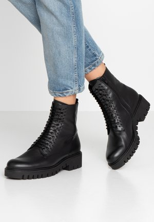WIDE FIT - Platform ankle boots - schwarz