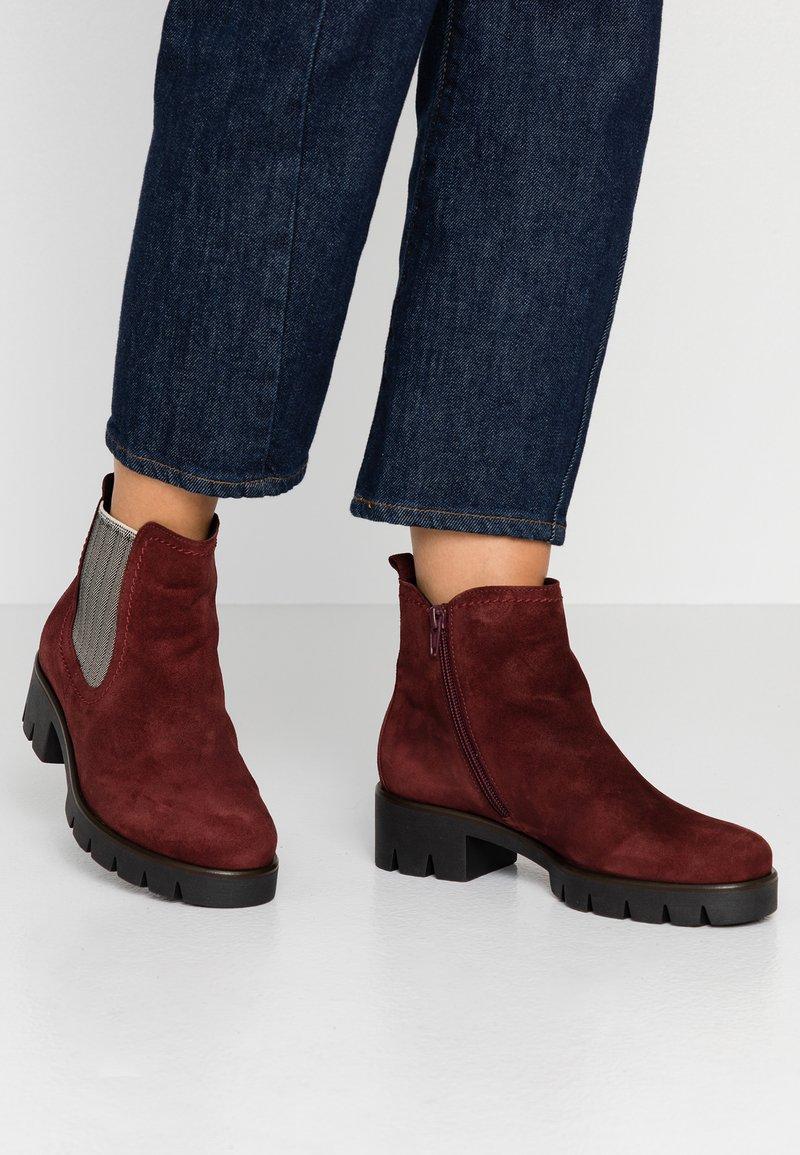 Gabor - Boots à talons - dark red/beige