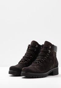 Gabor - WIDE FIT - Ankle boots - dark grey/schwarz - 4