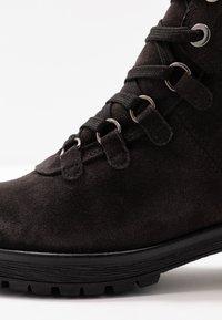 Gabor - WIDE FIT - Ankle boots - dark grey/schwarz - 2