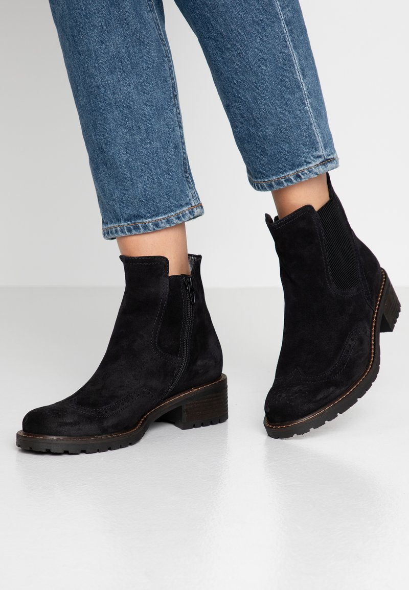 Gabor - WIDE FIT - Classic ankle boots - pazifik
