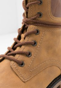 Gabor - Lace-up ankle boots - corn/peanut - 2