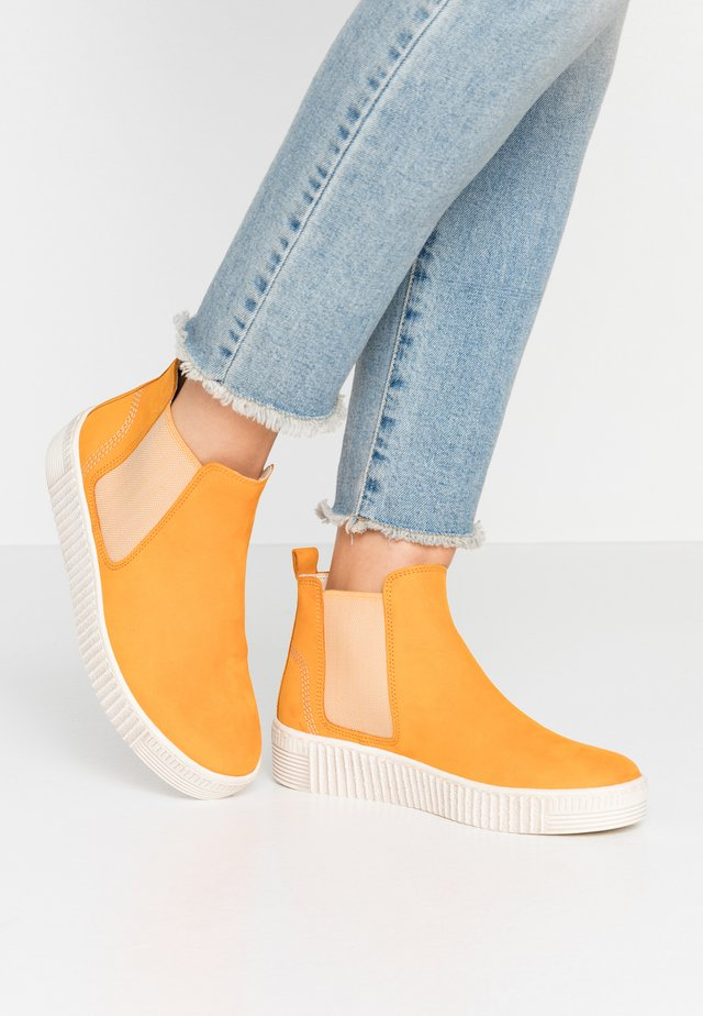 Ankle boots - mango