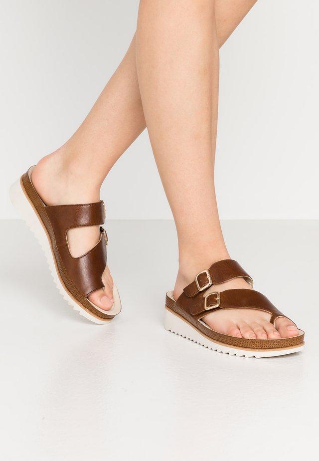 T-bar sandals - peanut