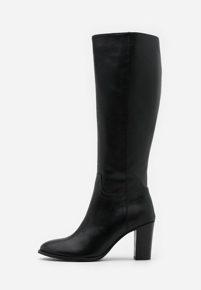 OCHINNA  - Boots - doge black