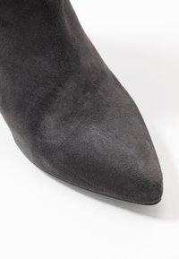 Gardenia - LYDIA - Classic ankle boots - dark grey - 2