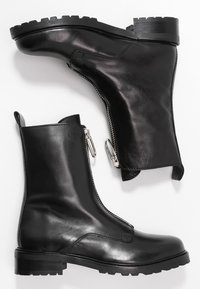 Gardenia - LUCA - Classic ankle boots - black - 3