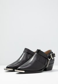 Gardenia - LOTUS - Ankle boots - black
