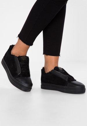 AMANDA  - Sneakers basse - black