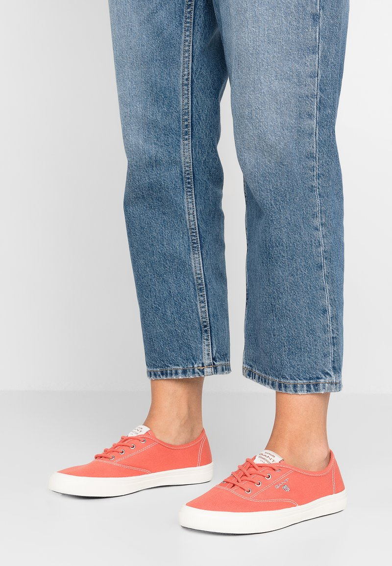 GANT - NEW HAVEN - Sneaker low - coral
