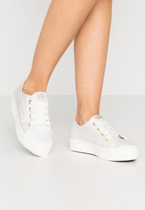 LEISHA  - Sneakers laag - white