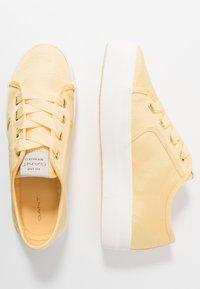 GANT - LEISHA  - Tenisky - light yellow - 3
