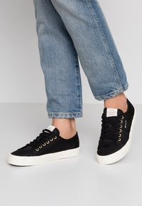 GANT - PINESTREET  - Zapatillas - black - 0
