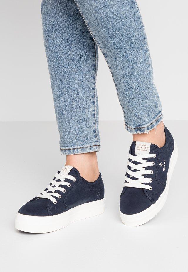 LEISHA  - Sneakers - marine