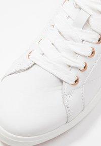 GANT - SEAVILLE  - Matalavartiset tennarit - bright white/rose gold - 2