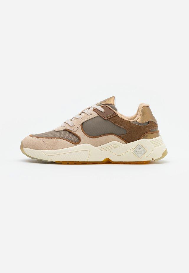 NICEWILL RUNNING - Sneaker low - beige/cognac
