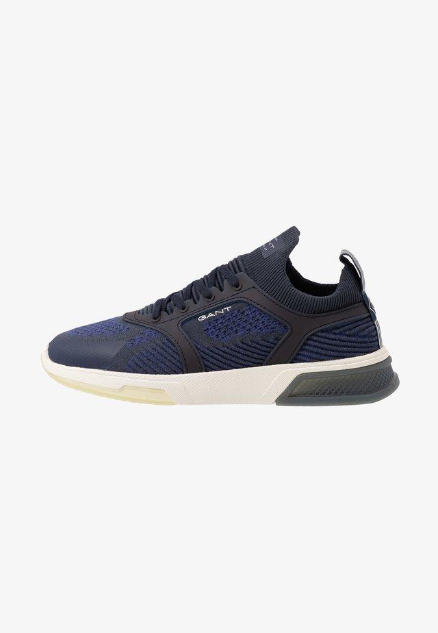 HIGHTOWN - Sneakers - marine