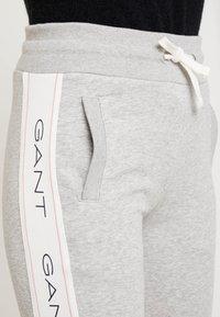 GANT - ICON PANTS - Tracksuit bottoms - light grey - 4