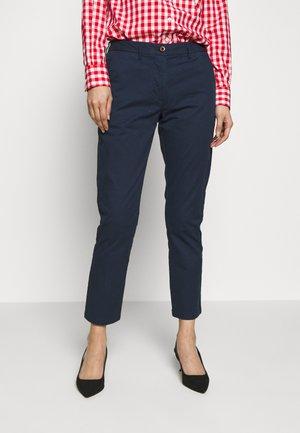 CLASSIC - Pantalones chinos - marine