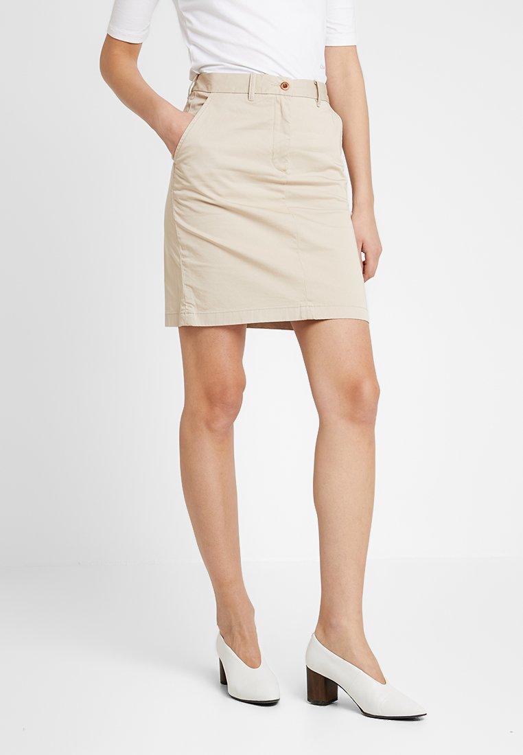 GANT - CLASSIC CHINO SKIRT - Pencil skirt - dry sand
