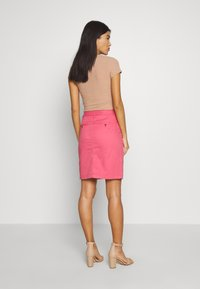 GANT - CLASSIC CHINO SKIRT - Jupe crayon - rapture rose