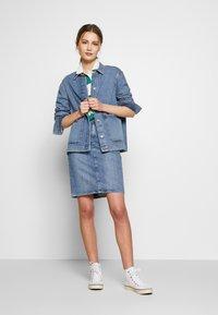 GANT - SKIRT - Denimová sukně - light blue - 1
