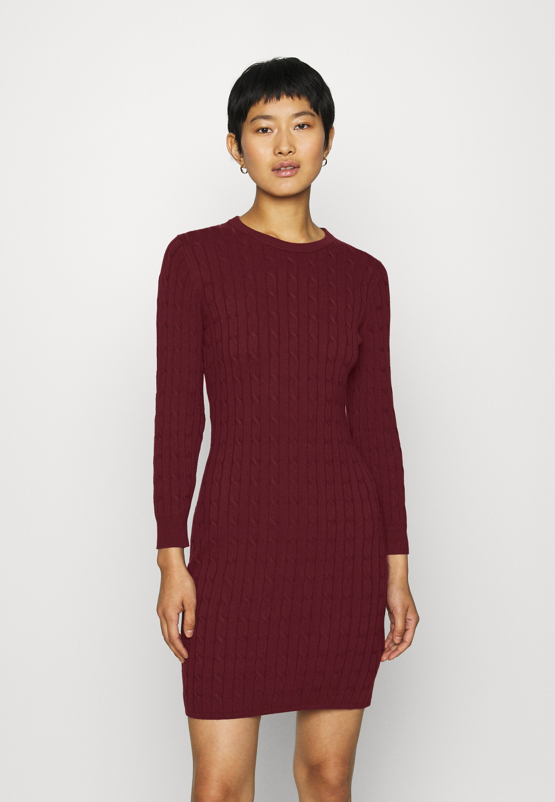 GANT STRETCH CABLE DRESS - Strickkleid - port red | Damenbekleidung 2020