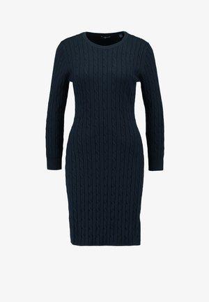 STRETCH CABLE DRESS - Stickad klänning - evening blue