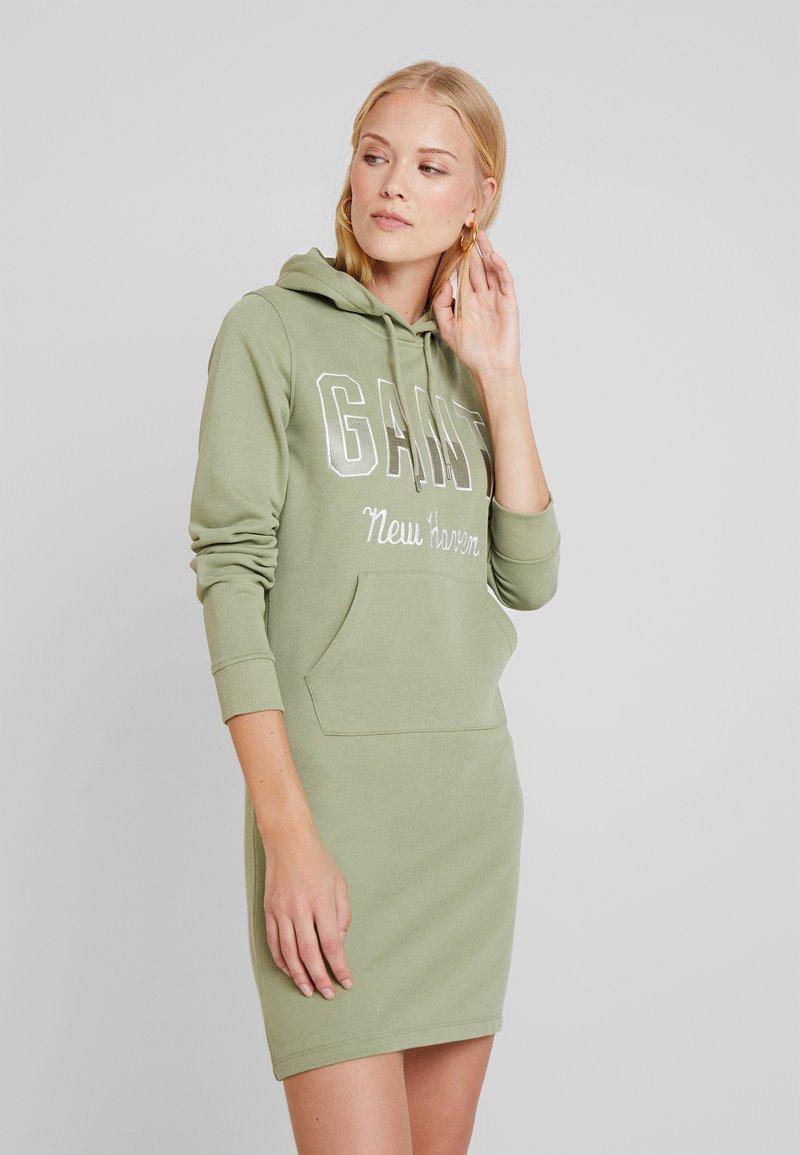 GANT - HOODIE DRESS - Vapaa-ajan mekko - loden green