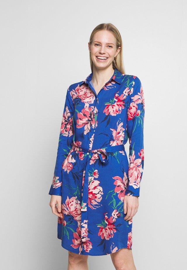 PEONIES SHIRT DRESS - Skjortklänning - bright cobalt