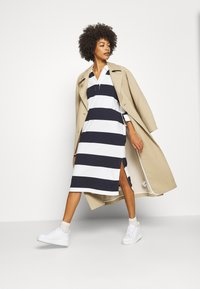 GANT - FEMININE STRIPED RUGGER DRESS - Tubino - evening blue - 1