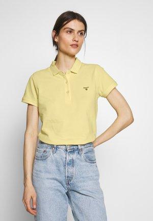 Polo - lemon