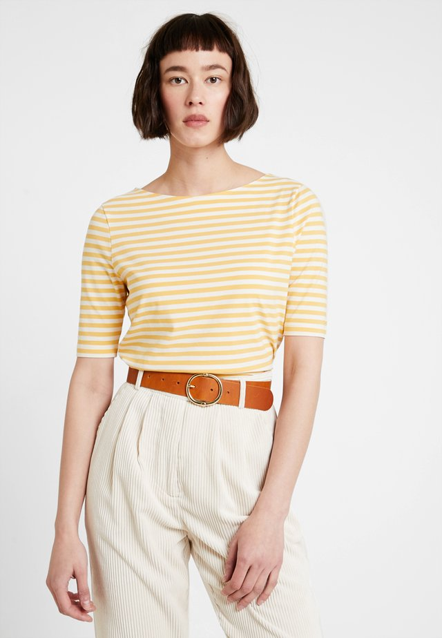 BOATNECK STRIPED - T-shirt med print - honey gold