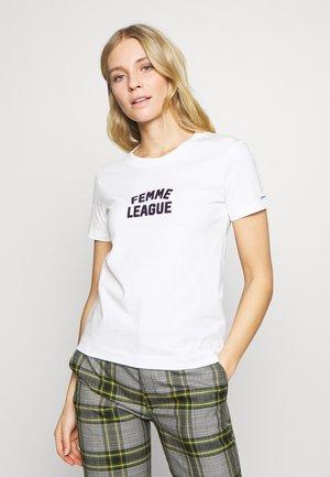 FEMME LEAGUE - T-shirt print - eggshell