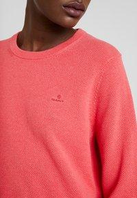 GANT - CREW - Jumper - dark pink melange - 5