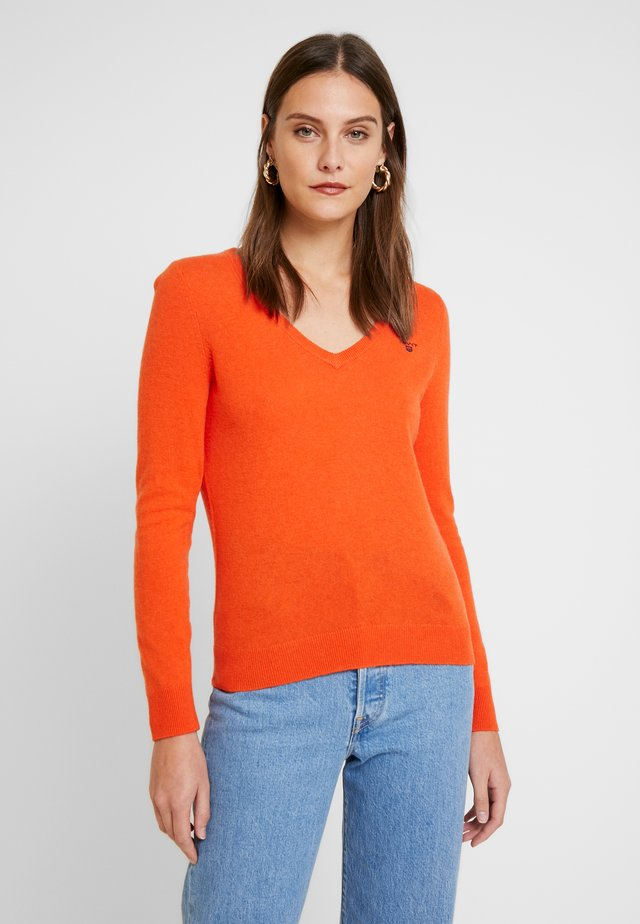 V NECK - Jersey de punto - atomic orange