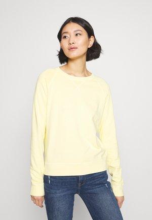 D2. SUNFADED C-NECK SWEAT - Sweatshirt - sunlight