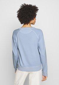 GANT - D2. SUNFADED C-NECK SWEAT - Sweatshirt - hamptons blue - 2