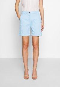 GANT - CLASSIC CHINO - Shorts - capri blue - 0