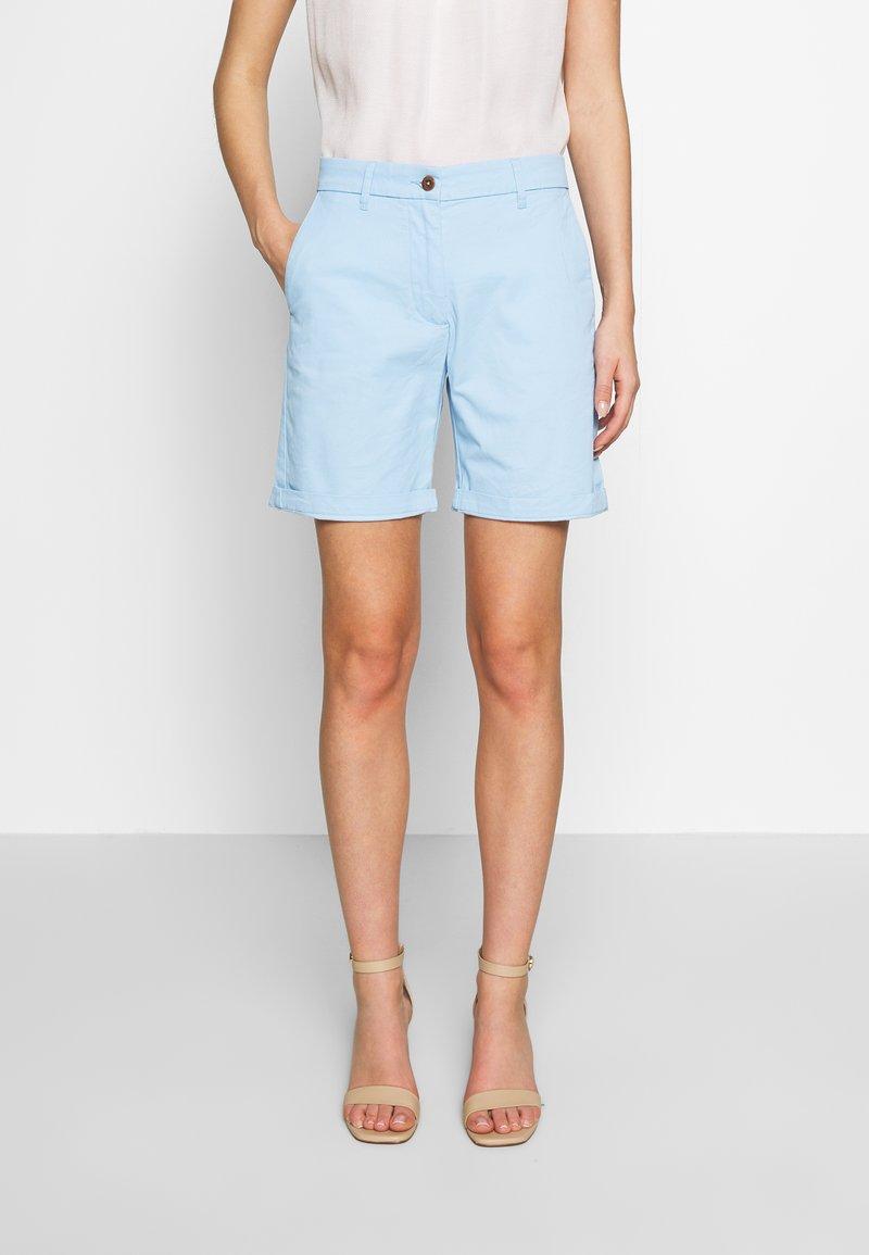 GANT - CLASSIC CHINO - Shorts - capri blue