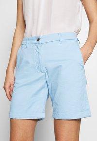 GANT - CLASSIC CHINO - Shorts - capri blue - 5
