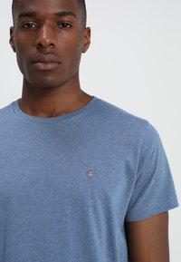 GANT - THE ORIGINAL - T-shirt basique - denim blue mel - 4