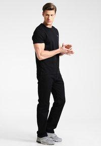 GANT - THE ORIGINAL - T-shirt basic - black - 1