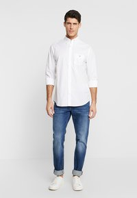 GANT - THE BROADCLOTH - Shirt - white - 1