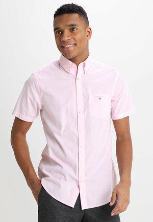 THE BROADCLOTH REGULAR FIT - Camisa - shadow rose