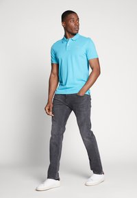 GANT - SOLID RUGGER - Polo - light blue - 1