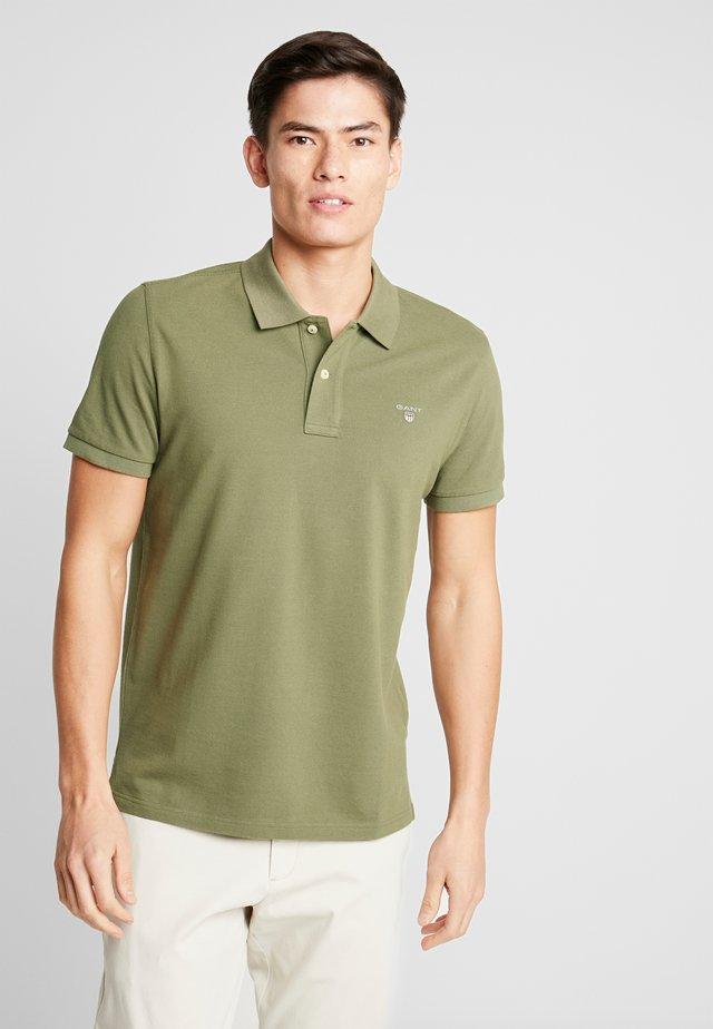 SOLID RUGGER - Poloshirt - deep lichen green