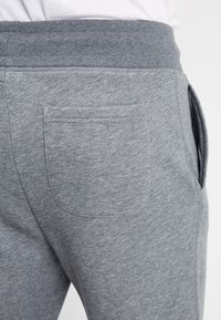 GANT - THE ORIGINAL PANT - Tracksuit bottoms - dark grey melange - 5