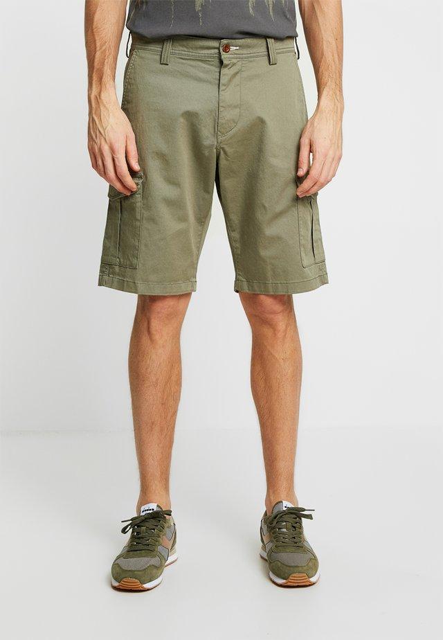 CARGO - Shorts - deep lichen green